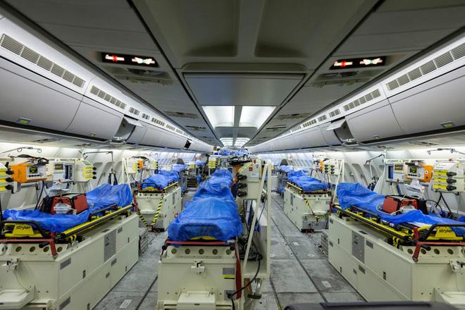 """Bên trong """"bệnh viện bay"""" Airbus A310 của quân đội Đức - Ảnh 2."""
